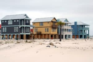 Planning and surviving a beach vacation with toddlers. Ten things to keep in mind! Peppermint Tulip Blog.