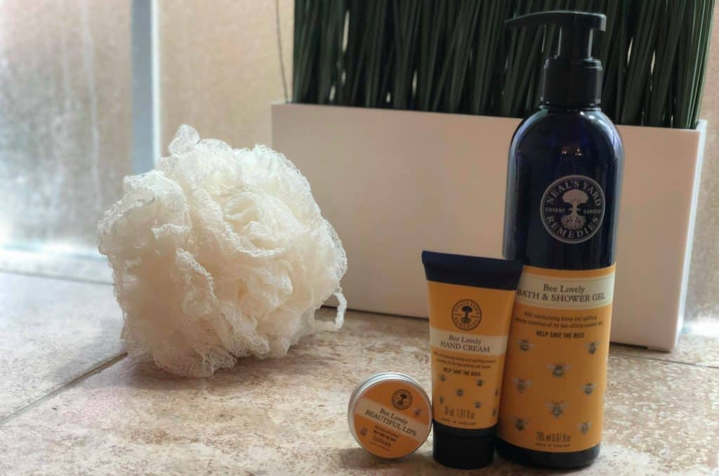 Bee Lovely Organic Skincare by Neal's Yard Remedies. Check out this product line that helps save the bees! #organicskincare #beelovely #nyrorganic
